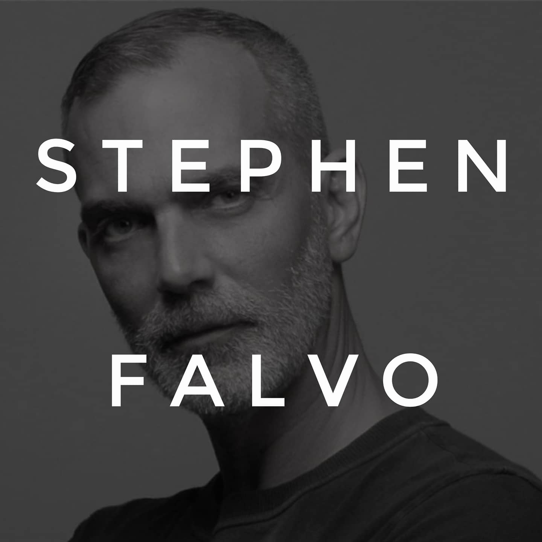 Stephen Falvo Visits Peles Salon